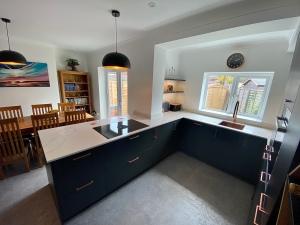 black-satin-kitchen